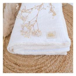 couverture bébé double gaze broderie blanche-rose boho